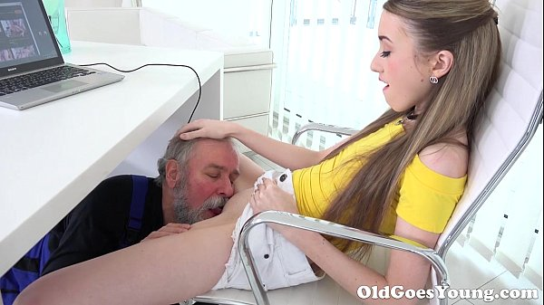 Older Heads Youthful – Ultra-cute Vlada Splits Open Her L…