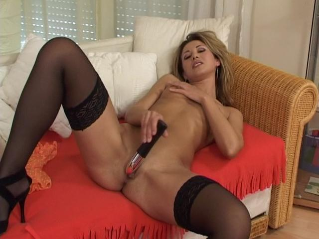 Sensuous Blondie Girl In Pantyhose Tearing Up A Fat Plaything At The Sofa