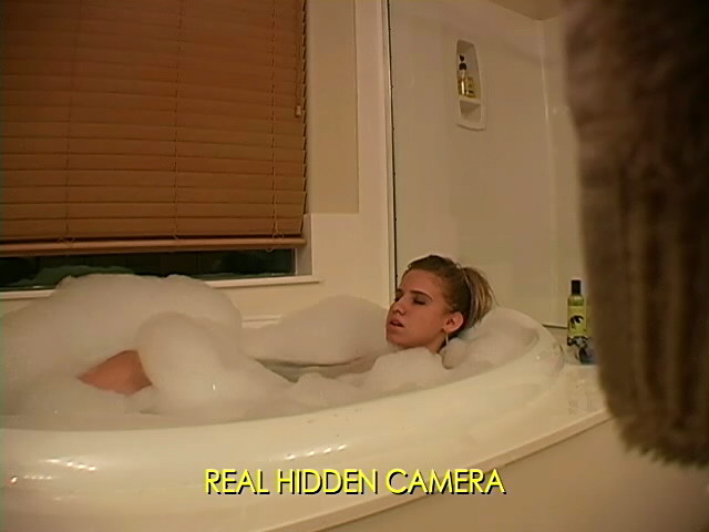 Amazing Ash-blonde Honey Amanda Jerking In Elastic Bathtub On Actual Hidden Digital Camera